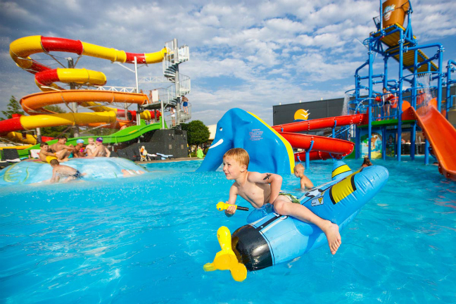 Het waterparadijs op de camping in Polen is fantastisch
